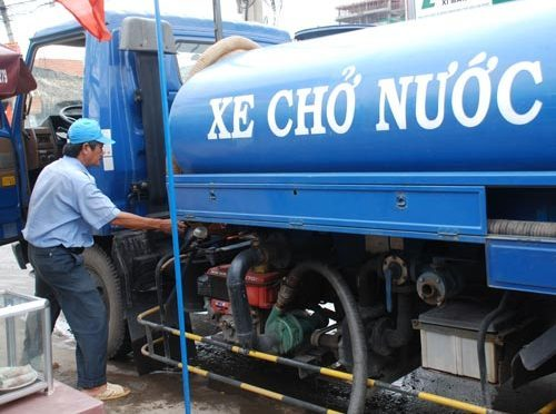 Dịch vụ bán nước sạch bằng xe tec tại Hà Nội